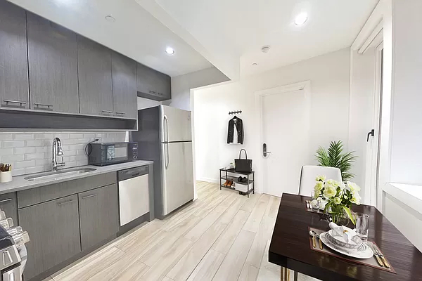 3 Bedrooms, Lower East Side Rental in NYC for $5,958 - Photo 1