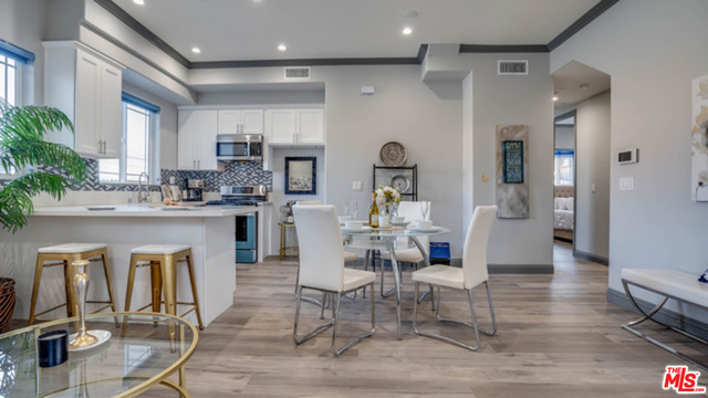 3 Bedrooms, Wilshire Center - Koreatown Rental in Los Angeles, CA for $3,800 - Photo 1