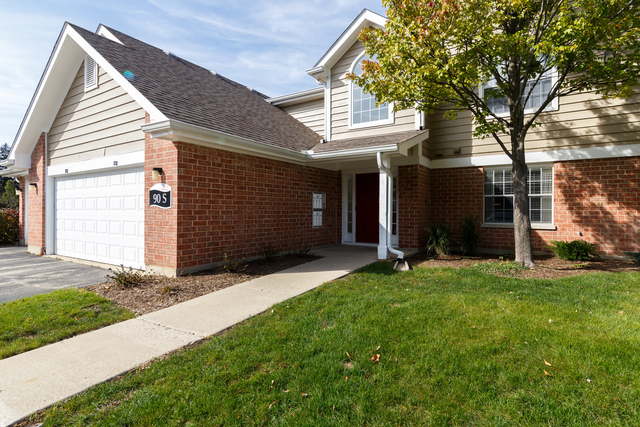 2 Bedrooms, Schaumburg Rental in Chicago, IL for $2,019 - Photo 1