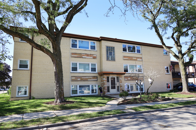 2 Bedrooms, River Grove Rental in Chicago, IL for $1,350 - Photo 1