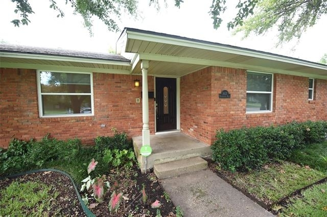 5 Bedrooms, Park Forest Rental in Dallas for $2,800 - Photo 1