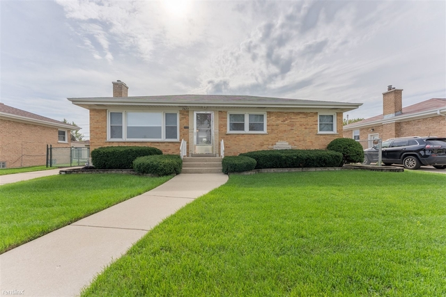 3 Bedrooms, Niles Rental in Chicago, IL for $2,800 - Photo 1