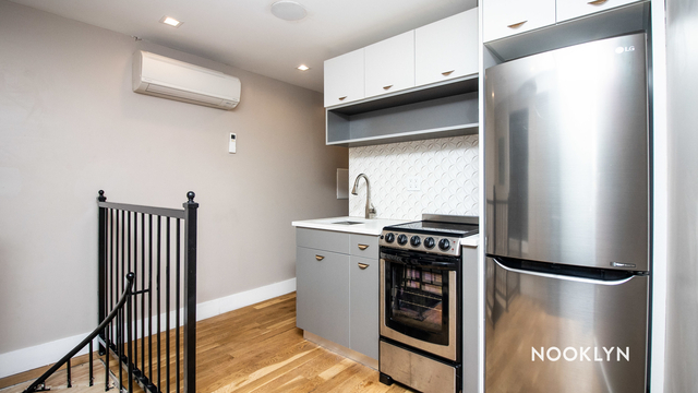Studio, Greenpoint Rental in NYC for $2,000 - Photo 1