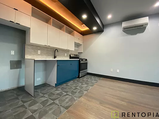 1 Bedroom, Williamsburg Rental in NYC for $4,085 - Photo 1