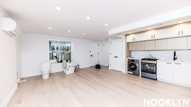 2 Bedrooms, Crown Heights Rental in NYC for $5,500 - Photo 1