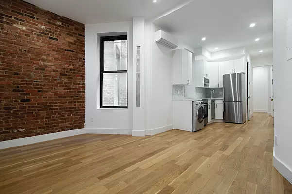 2 Bedrooms, Lower East Side Rental in NYC for $3,415 - Photo 1