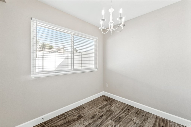 2 Bedrooms, Yorktown Rental in Los Angeles, CA for $2,950 - Photo 1