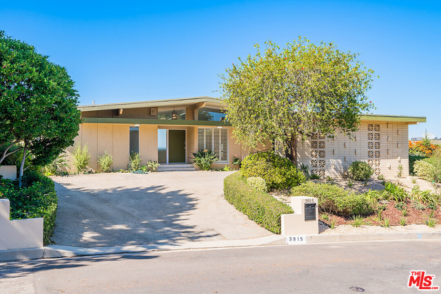 3 Bedrooms, Sherman Oaks Rental in Los Angeles, CA for $8,500 - Photo 1