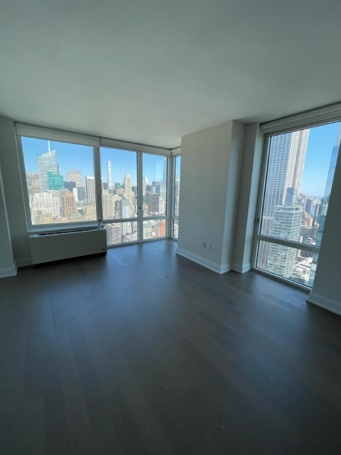 2 Bedrooms, Chelsea Rental in NYC for $6,700 - Photo 1
