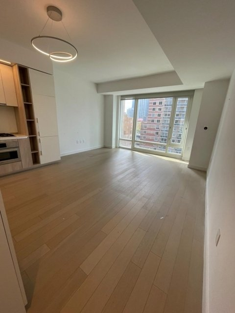 1 Bedroom, Hell's Kitchen Rental in NYC for $4,085 - Photo 1