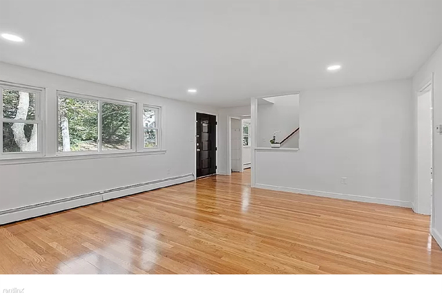 4 Bedrooms, Wellesley Rental in Boston, MA for $2,200 - Photo 1