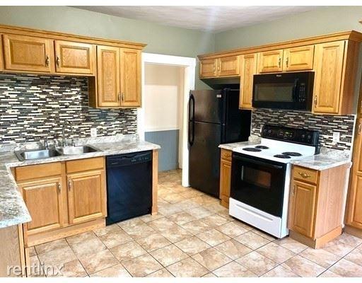 4 Bedrooms, Brockton Rental in  for $2,500 - Photo 1