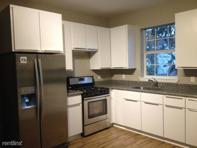 2 Bedrooms, Brookline Rental in Houston for $985 - Photo 1