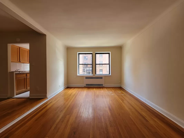 1 Bedroom, Sunnyside Rental in NYC for $2,395 - Photo 1