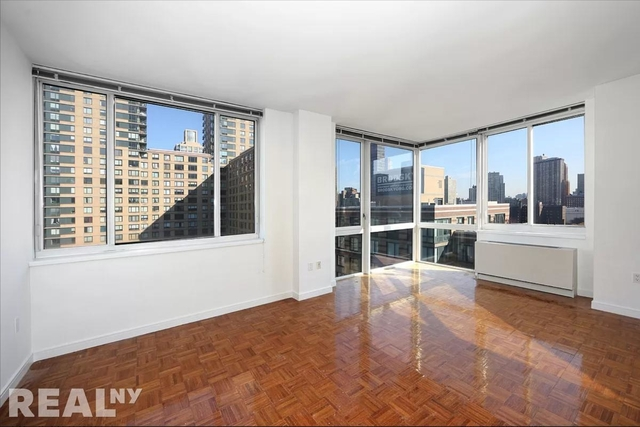 1 Bedroom, Lincoln Square Rental in NYC for $3,495 - Photo 1