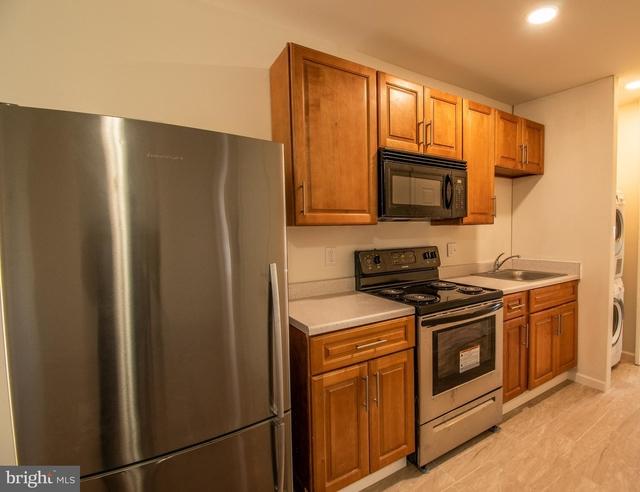 3 Bedrooms, Logan - Ogontz - Fern Rock Rental in Philadelphia, PA for $1,100 - Photo 1