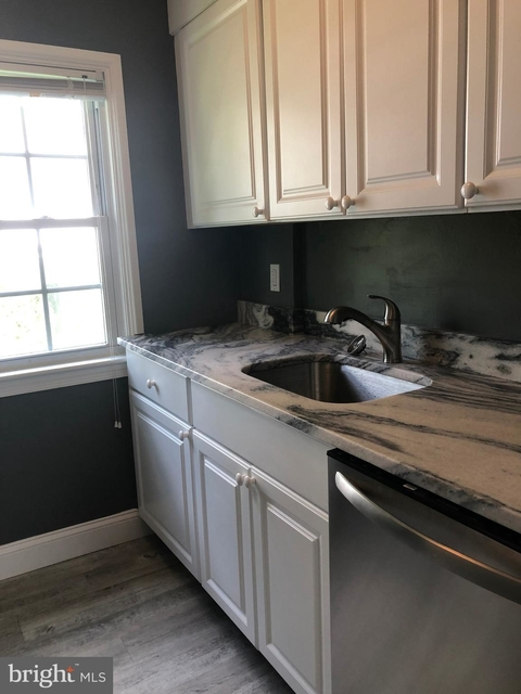 2 Bedrooms, Radnor Rental in Lower Merion, PA for $1,900 - Photo 1