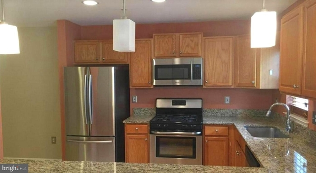 3 Bedrooms, Germantown Rental in Washington, DC for $1,700 - Photo 1