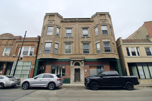 2 Bedrooms, Avondale Rental in Chicago, IL for $1,300 - Photo 1