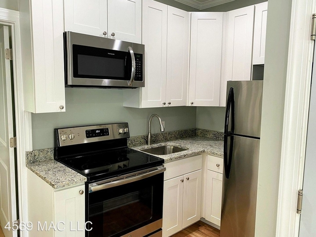 1 Bedroom, Foxhall Village Rental in Washington, DC for $1,400 - Photo 1