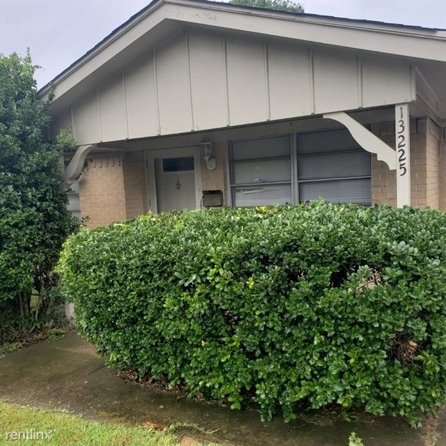 3 Bedrooms, Valley View Rental in Dallas for $1,790 - Photo 1