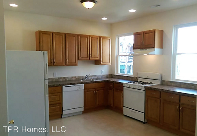 2 Bedrooms, Overbrook Rental in Lower Merion, PA for $960 - Photo 1