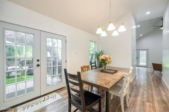 3 Bedrooms, Kidd Springs Rental in Dallas for $3,130 - Photo 1