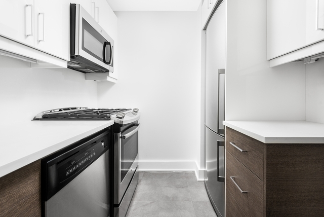 3 Bedrooms, Coney Island Rental in NYC for $3,150 - Photo 1