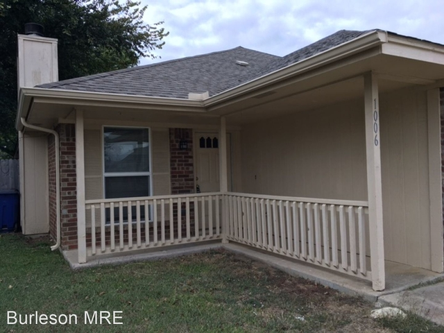 2 Bedrooms, The Gardens Rental in Dallas for $1,250 - Photo 1