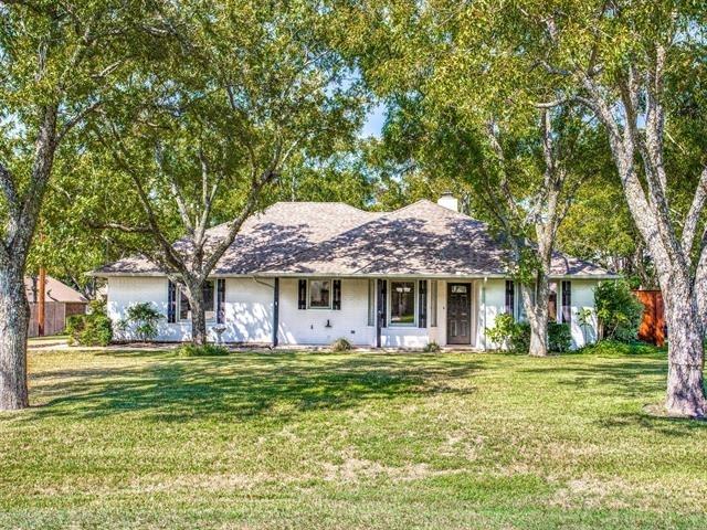 3 Bedrooms, Granbury East Rental in Granbury, TX for $2,100 - Photo 1