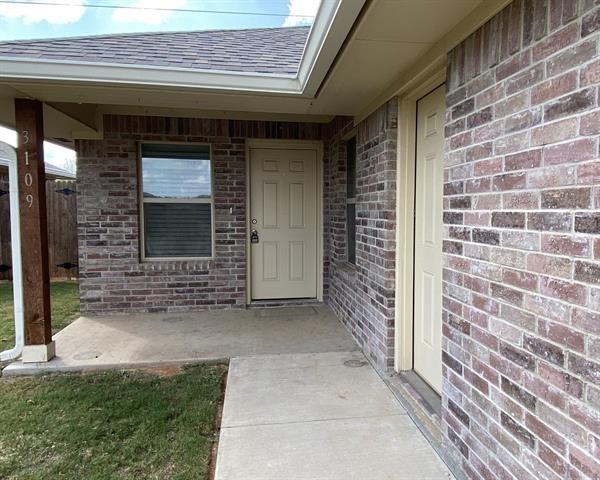 2 Bedrooms, Granbury East Rental in Granbury, TX for $1,400 - Photo 1