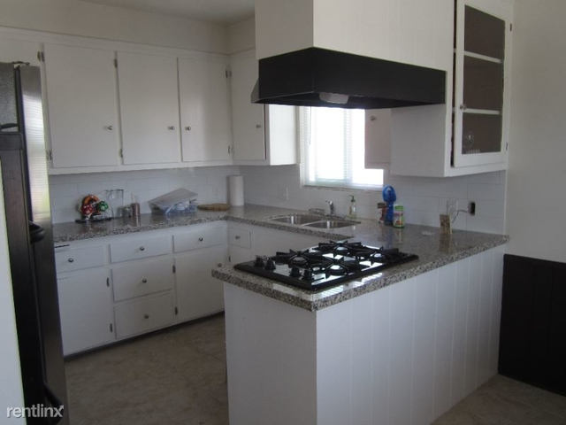 2 Bedrooms, Inglewood Rental in Los Angeles, CA for $1,995 - Photo 1