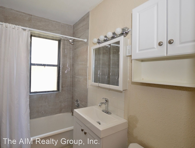 1 Bedroom, Downers Grove Rental in Chicago, IL for $1,195 - Photo 1