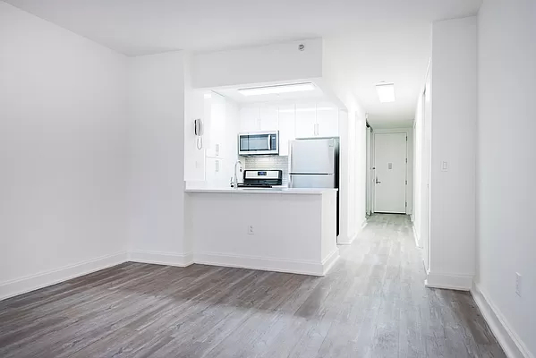 Studio, Financial District Rental in NYC for $3,440 - Photo 1