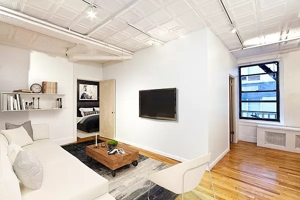 3 Bedrooms, Financial District Rental in NYC for $7,012 - Photo 1