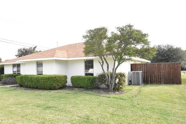 4 Bedrooms, Carrollton Place Rental in Dallas for $2,000 - Photo 1