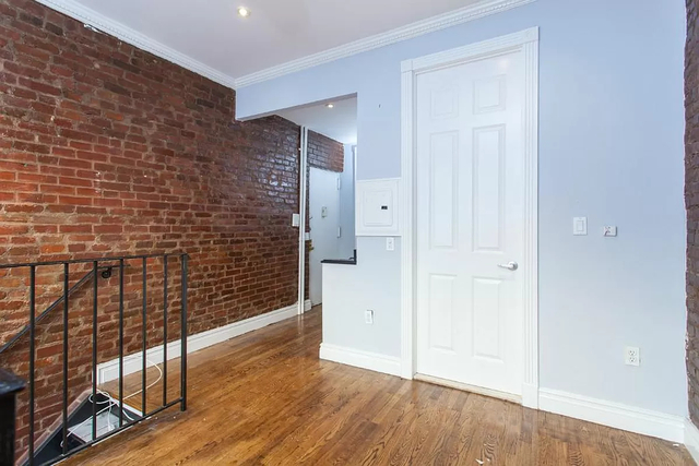 2 Bedrooms, East Village Rental in NYC for $3,295 - Photo 1
