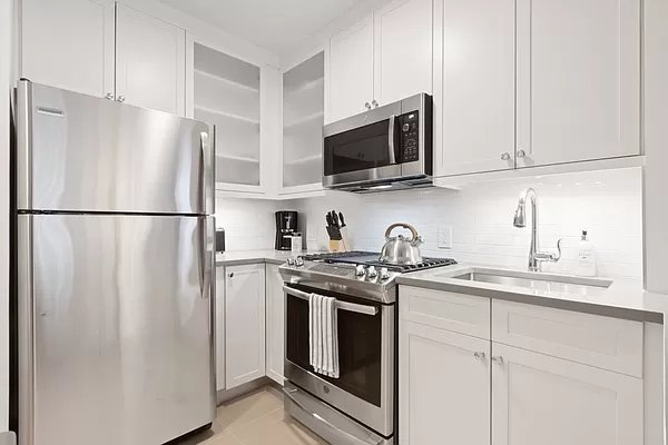 1 Bedroom, Lincoln Square Rental in NYC for $4,210 - Photo 1