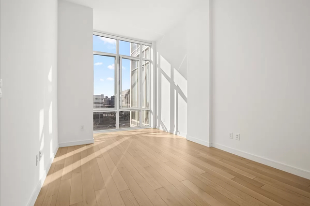 Studio, Long Island City Rental in NYC for $2,933 - Photo 1