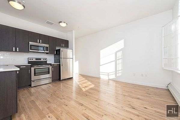 2 Bedrooms, Little Senegal Rental in NYC for $2,676 - Photo 1
