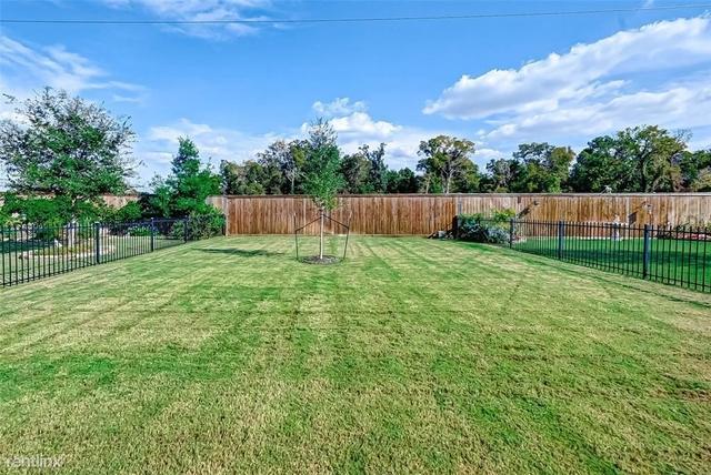 2 Bedrooms, Rosenberg-Richmond Rental in Houston for $2,700 - Photo 1