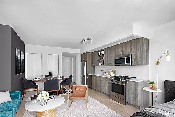 Studio, Hell's Kitchen Rental in NYC for $3,750 - Photo 1
