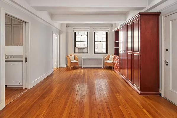Studio, Theater District Rental in NYC for $3,400 - Photo 1