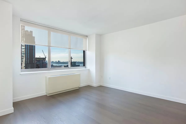 Studio, Hell's Kitchen Rental in NYC for $3,046 - Photo 1