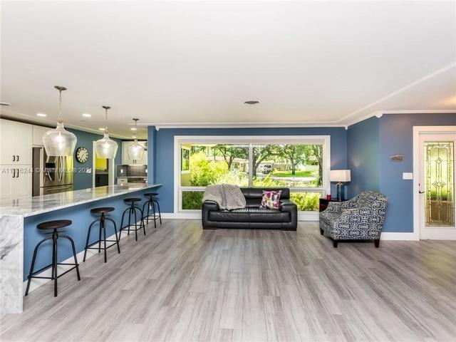 4 Bedrooms, Plantation Park Rental in Miami, FL for $4,500 - Photo 1
