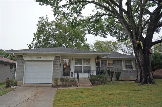 3 Bedrooms, Cottonwood Heights Rental in Dallas for $2,300 - Photo 1