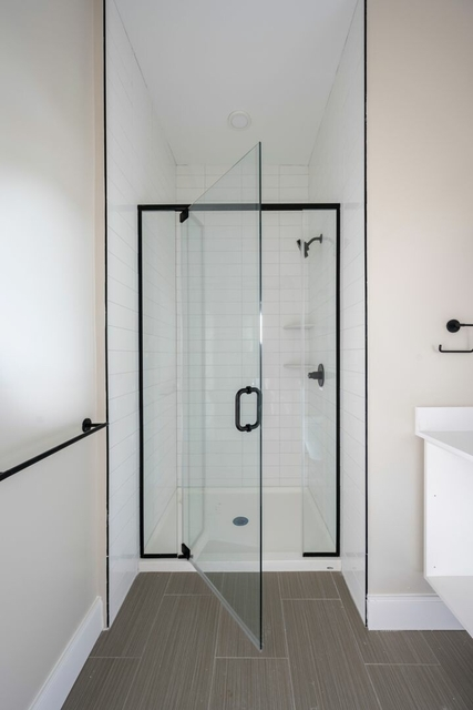 1 Bedroom, Central Maverick Square - Paris Street Rental in Boston, MA for $2,385 - Photo 1