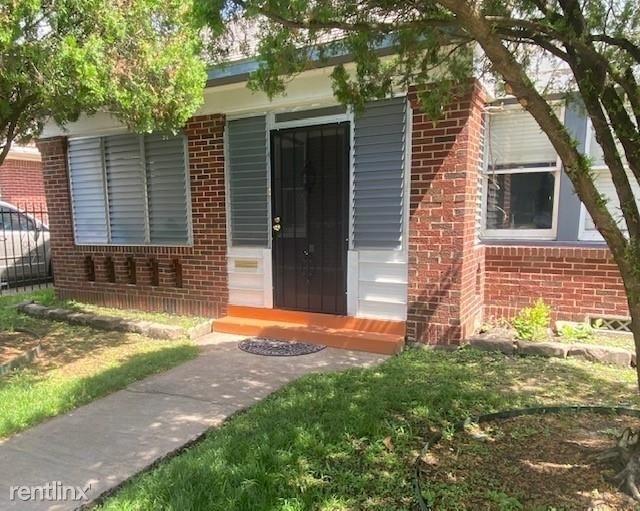 3 Bedrooms, Eastlawn Rental in Houston for $2,700 - Photo 1