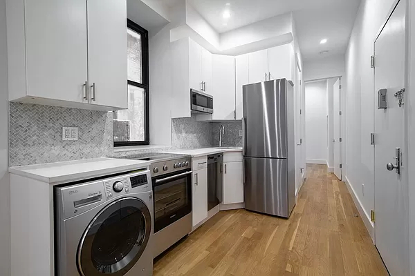 2 Bedrooms, Lower East Side Rental in NYC for $3,416 - Photo 1