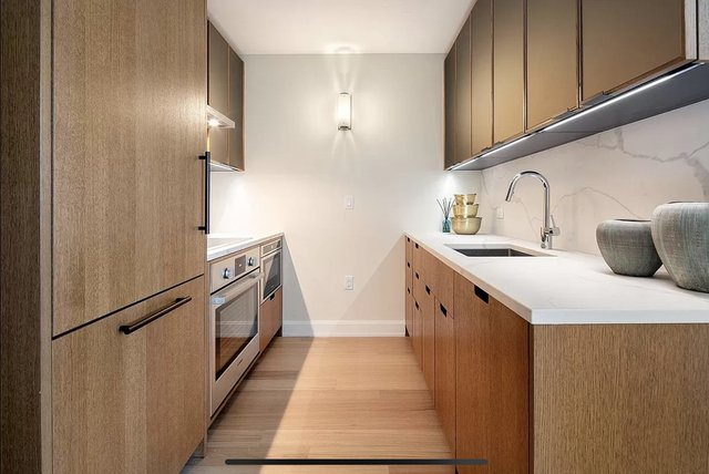 2 Bedrooms, Sutton Place Rental in NYC for $5,734 - Photo 1